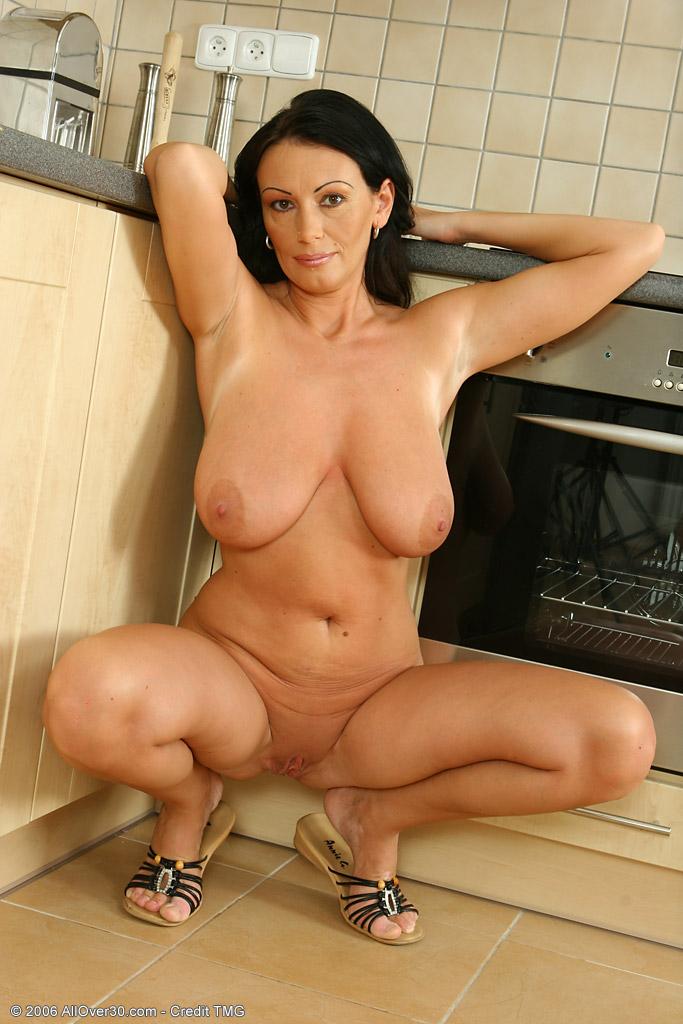 Фото порно галереи голых баб