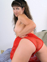 tis the season to get naughty with hardbodied milf andie